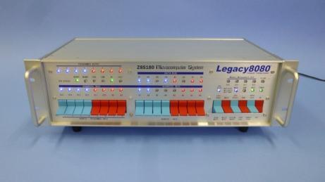 Legacy8080 プラチナモデルに赤青カラーの「IMSAI・トリビュート・デザイン・スイッチ」を組み合わせた例
